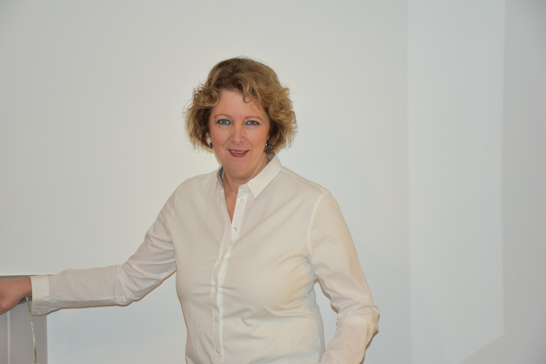 Iris Fink